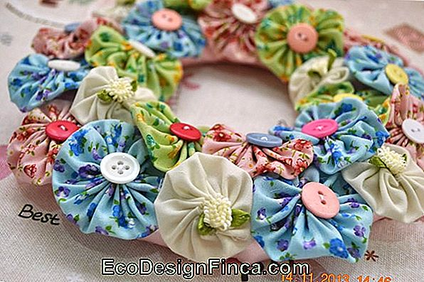 Fabric Ribbon Bows Garland