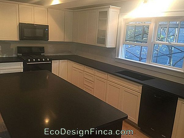 Countertops With Absolute Black Granite