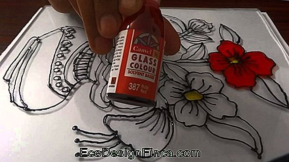 How To Paint Glass Bottle: Techniques, Types Of Paint And Other Tips