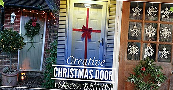 Ideas For Decorating Doors
