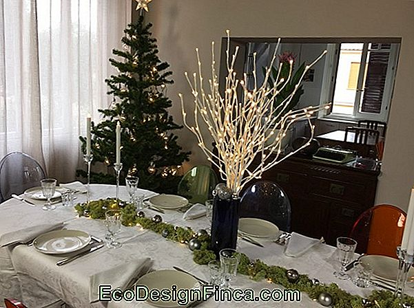 Come Decorare Una Tavola Di Natale